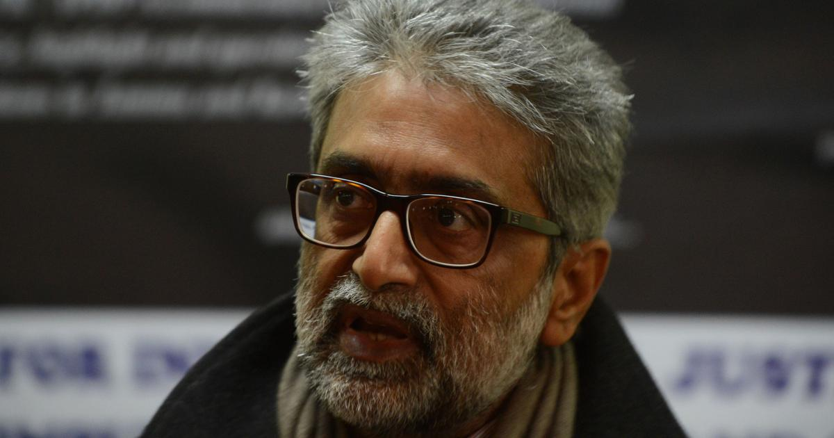 Bhima Koregaon Case: SC grants temporary relief to Navlakha, refuses to dismiss FIR