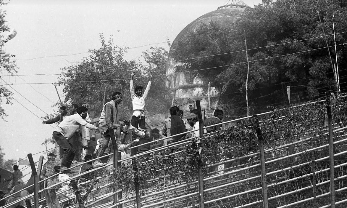 Ayodhya: Rare Photographs of December 5-6, 1992